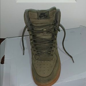 Used Green Airforce 1 WB (GS) mids